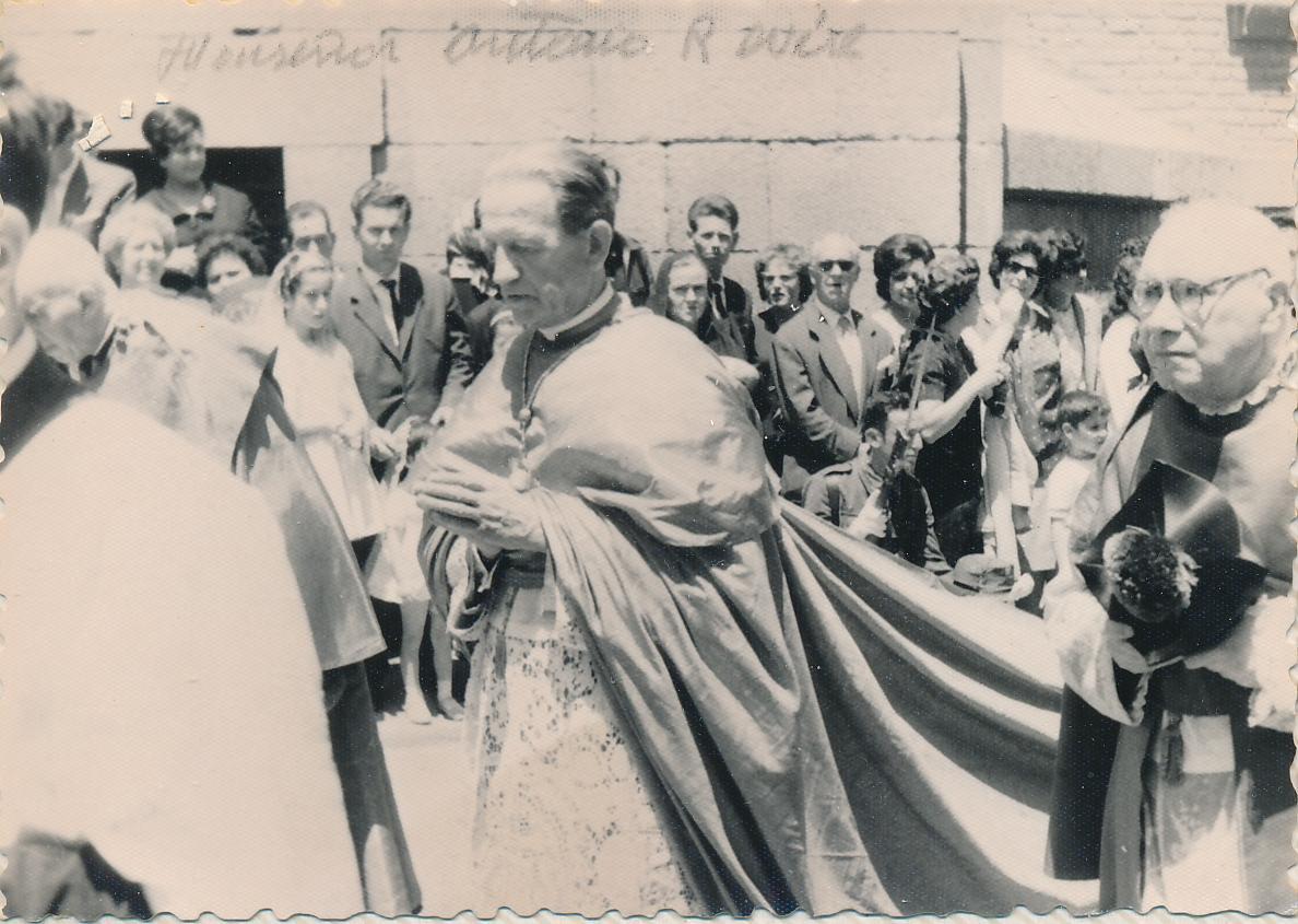 Antonio Riberi, Nuncio Apostólico en España, en la procesión del Corpus de Toledo en 1962. Fotografía de Julián C.T.
