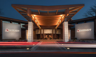 Porte Cochere_ Lincolnshire_Photo Credit Chicago Marriott Lincolnshire Resort | by chicagofoodaffair