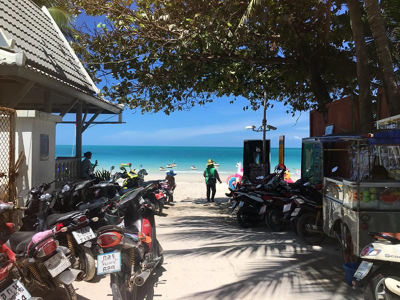 サムイ島 チャウエンビーチ Chaweng beach koh samui public entrance