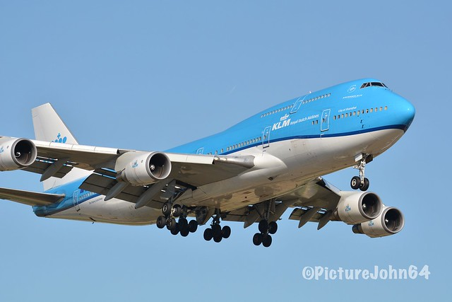 """B747: KL602 KLM Boeing 747-400 (PH-BFW) """"City of Shanghai"""" from Los Angeles arriving at Schiphol Amsterdam"""