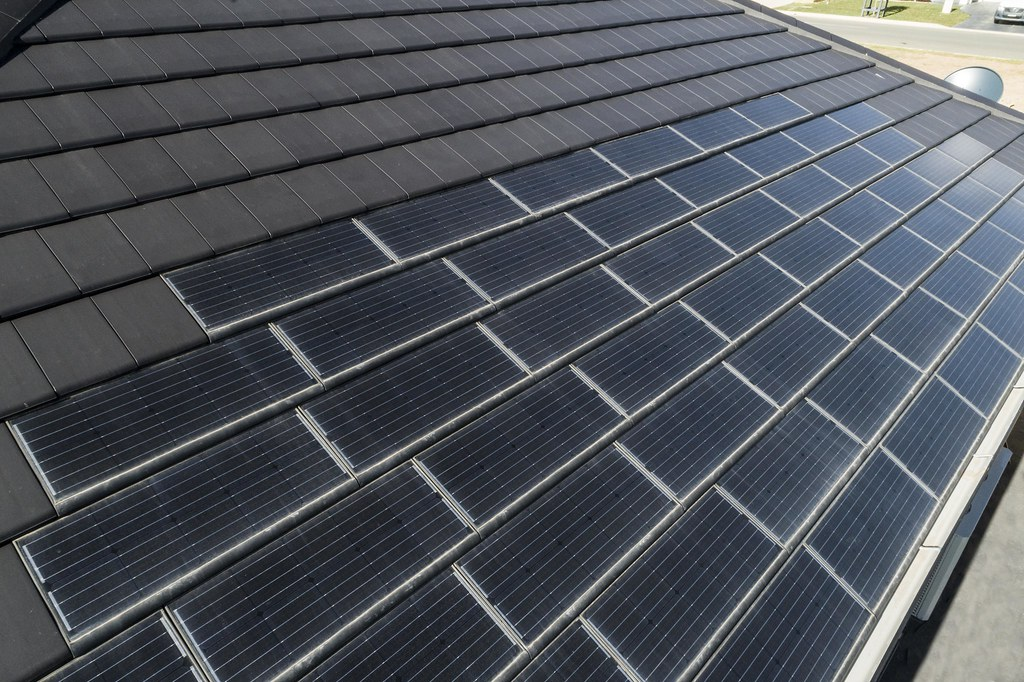 Bristile Solar Roof Tiles - Mirvac Project, Gledswood NSW (14)