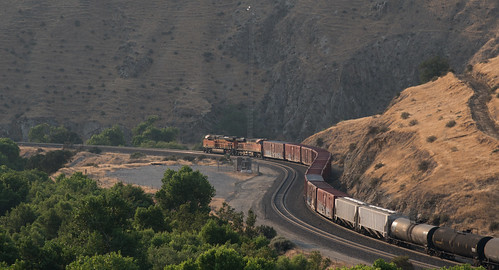 bnsf california sf0718 tehachapi up unionpacific railroad tehachapipass