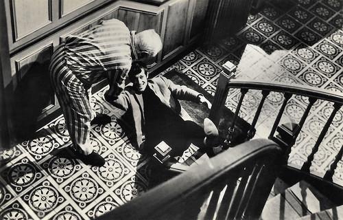 Jean Gabin and Jean-Paul Belmondo in Un Singe en Hiver (1962)