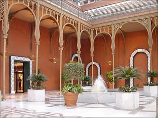 Le hall d'entrée de l'ancien palais Al Gezirah (Hôtel Marriott, Le Caire, Égypte)