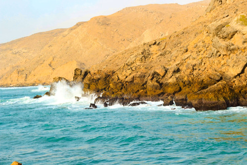 bhitkhori mubarakvillage pakistan karachi sindh rural coast sea seascape beach waves