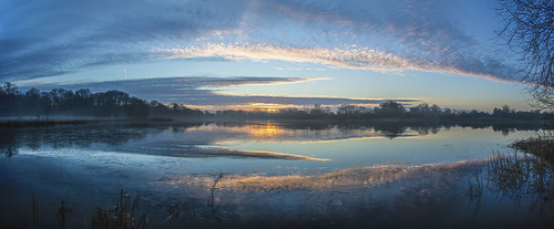 canon landscape panorama canon5dsr clouds sky colour reflection water lake outdoors nature uk cambridgeshire
