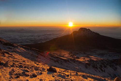 tanzanie kilimandjaro afrique africa kilimanjaro tanzania tz leverdesoleil sunrise
