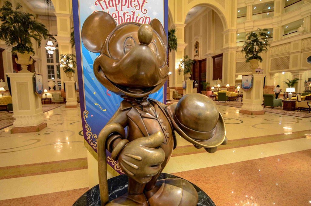 Dapper Mickey Tokyo Disneyland Hotel TDR