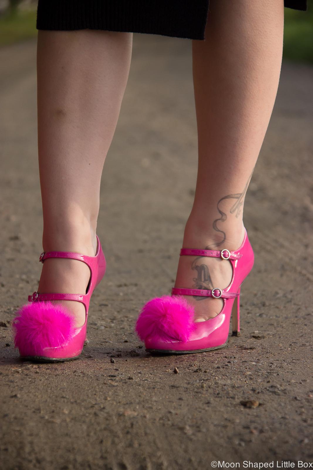 Pom_pom_heels_finnish_design_Minna_Parikka_2