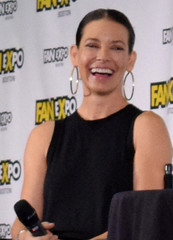Evangeline Lilly on stage at Fan Expo Boston 2018