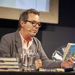 Julian Clary reads from 'The Bolds' | © Robin Mair
