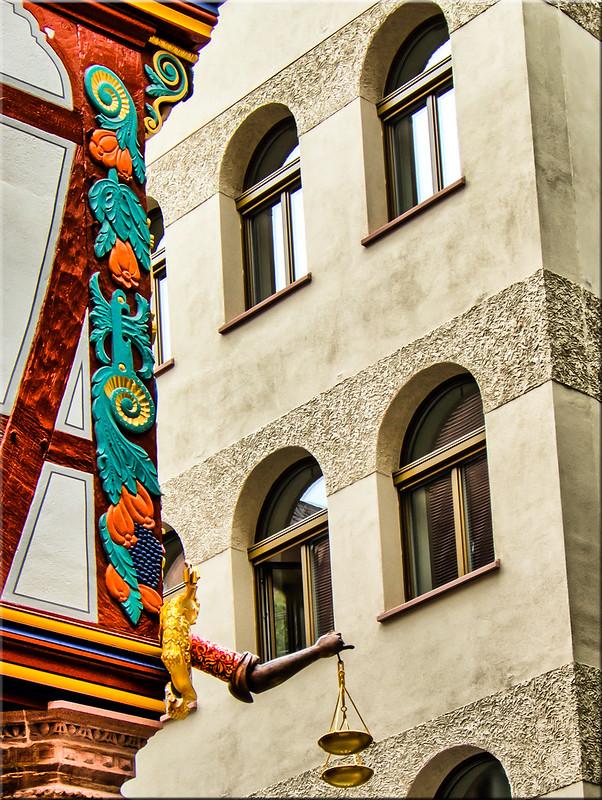 Frankfurter Details