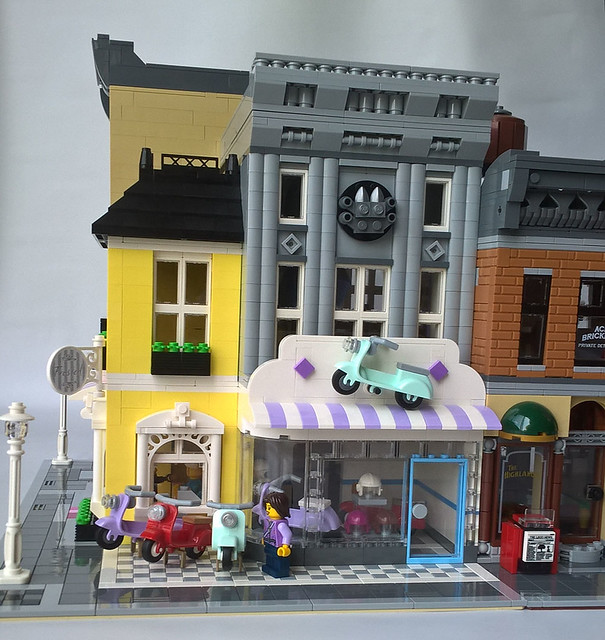 Lego Scooter Shoppe