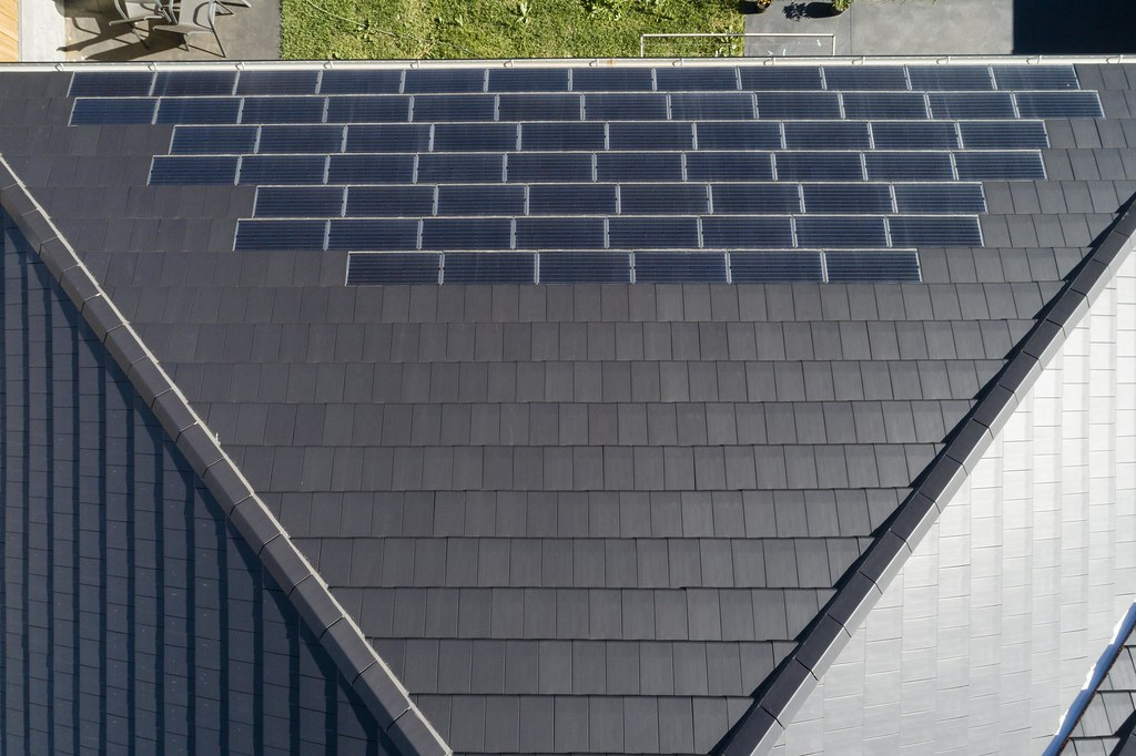Bristile Solar Roof Tiles - Mirvac Project, Gledswood NSW (19)