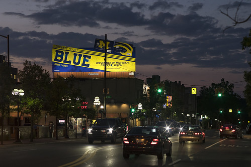 annarbor annarbormi michigan universityofmichigan blue maze signs billboard sunset night lights cars clouds sony a7