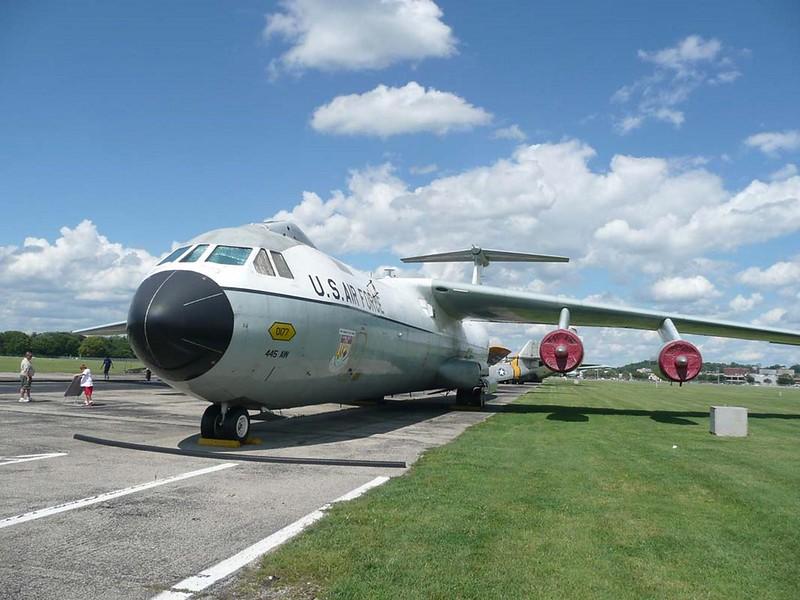 Lockheed C-141C Starlifter 3