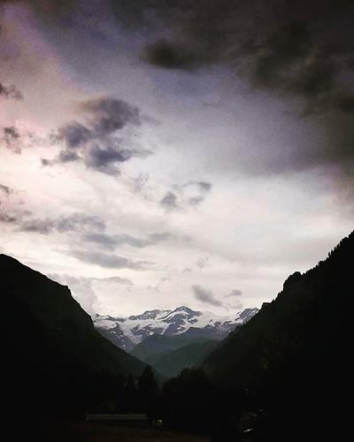 Monte Rosa #mountain #gressoney #valdaosta #monterosa #clouds #sky #cloudy #snow #photooftheday #picoftheday #igers #igersitalia #italia #travelgram #sunset #lights #summer   by Mario De Carli