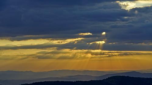 roccalbegna montelabbro paesaggio landscape tramonto sunset maremma