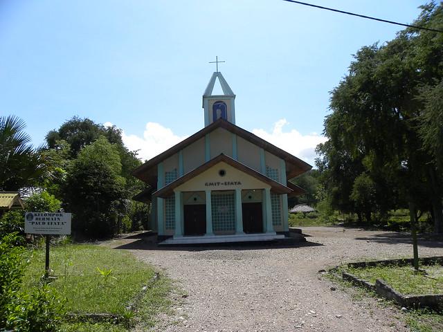 Rural churches in West Timor - Сельские церкви в Западном Тиморе