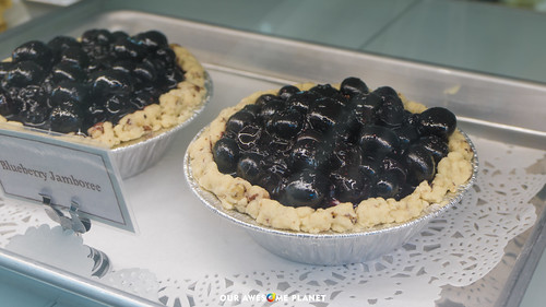 M Bakery | by OURAWESOMEPLANET: PHILS #1 FOOD AND TRAVEL BLOG