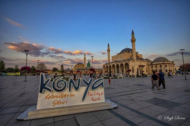 Konya / Mevlana Türbesi