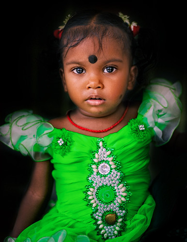 Portrait of a beautiful Indian little girl | by Nithi clicks