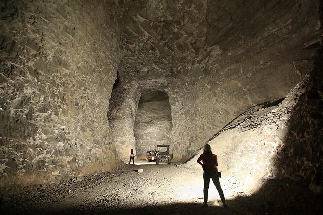 Megan Atkinson, chamber of mineralized breccia, Nyrstar's Cumberland zinc mine, Smith County, Tennessee