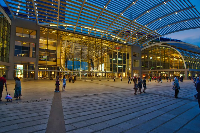 The Shoppes at the Marina Bay Sands in Singapore in the evening