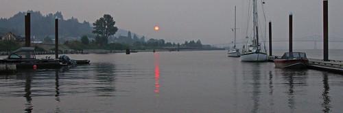 sunset smokysunset rainierdocksunset oregon columbiariver boats reflections rainieroregon water lewisandclarkbridge