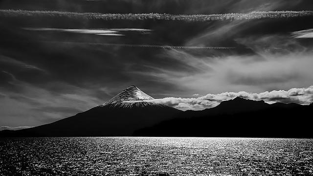 Volcan Osorno P&B