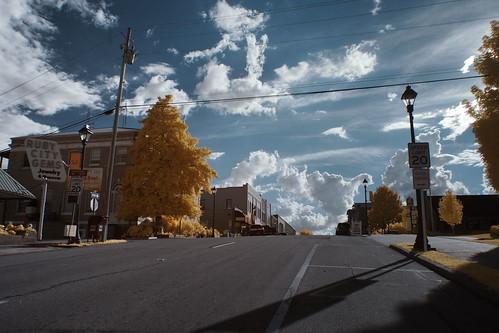 westernnorthcarolina urbanlandscape infrared color pentax k5 smcpentax13518mm iridientdeveloper