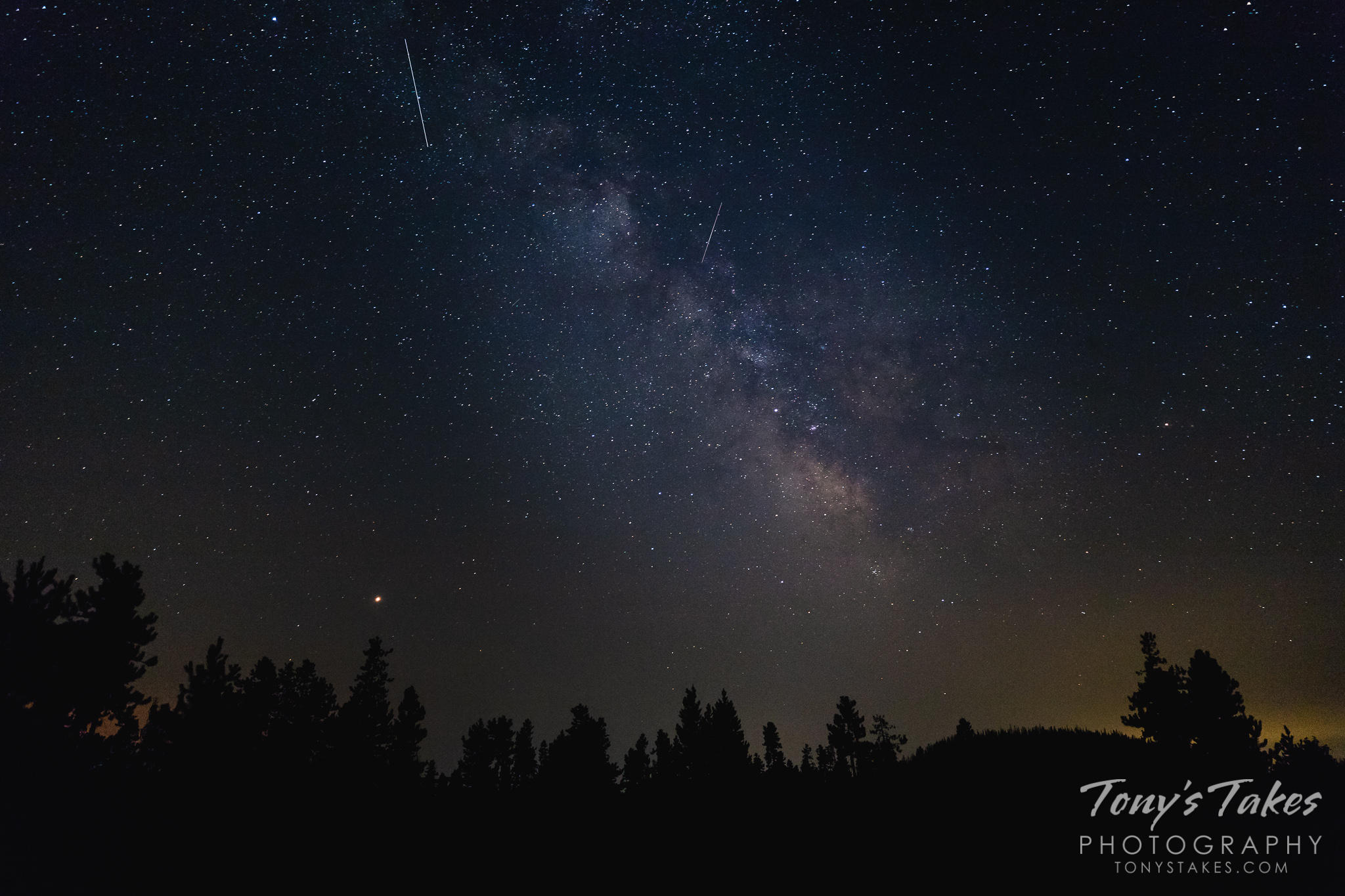 The Milky Way and Mars above the Colorado high country. (Tony's Takes)