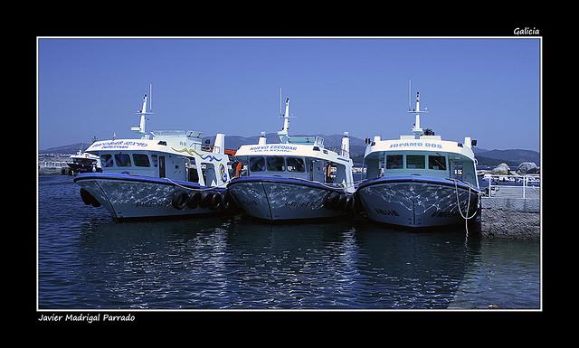 Trio de barcos.