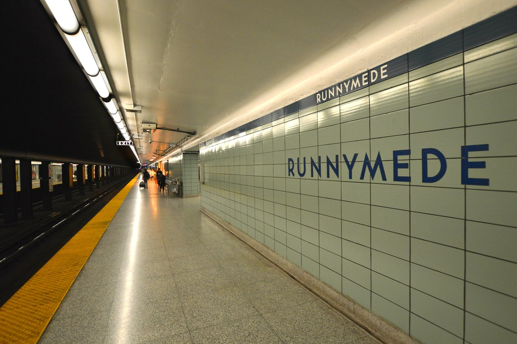 Runnymede Subway Station / Platform .... 265 Runnymede Roa… | Flickr