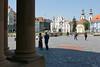 Auf dem Temeswarer Domplatz vor der Domkirche