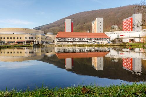 2018 city cityscape suhl water fachwerk mirror spiegelung thüringen thüringerwald kongresszentrum stadtmitte