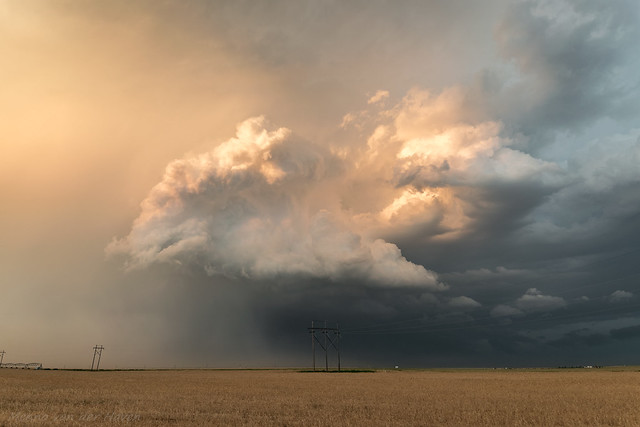 Amazing Convection and Colours at the Back of a Storm