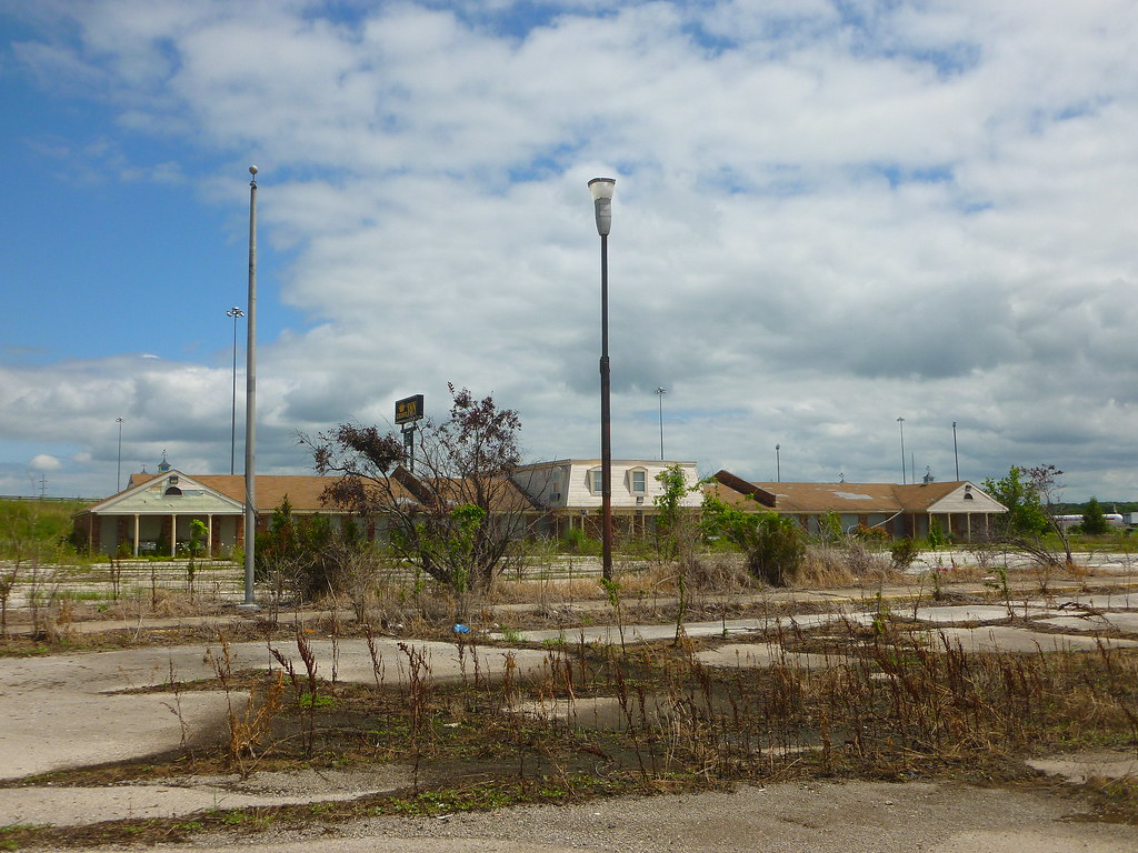 former L&K Restaurant & Motel, Koogle Rd, Mansfield, OH (5