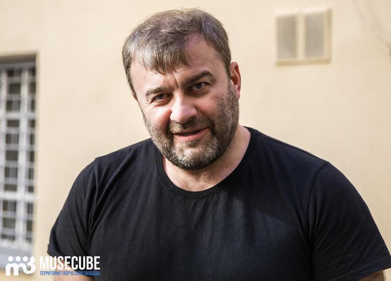 Дмитрий Светозаров актер