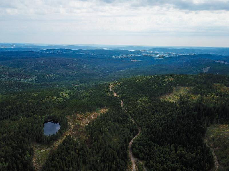 09-Utsikt mot Skoger fra Plassane (drone)