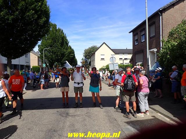 2018-08-12          4e dag           Heuvelland          28 Km (131)