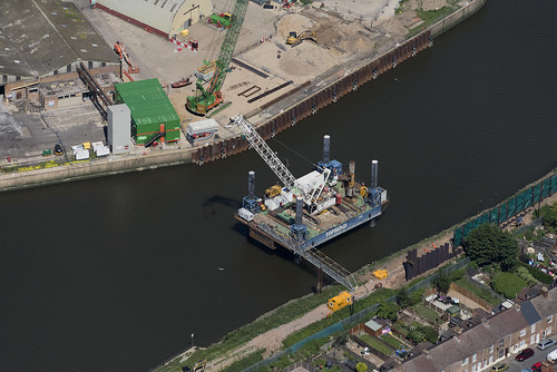 jackupbarge topbond topjack river riverhaven lincs lincolnshire above aerial nikon d810 hires highresolution hirez highdefinition hidef britainfromtheair britainfromabove skyview aerialimage aerialphotography aerialimagesuk aerialview drone viewfromplane aerialengland britain johnfieldingaerialimages fullformat johnfieldingaerialimage johnfielding fromtheair fromthesky flyingover fullframe