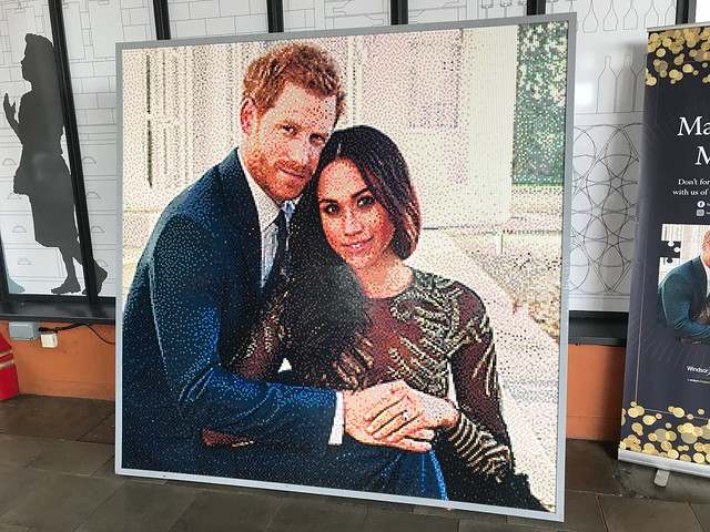 Harry and Meghan in Lego