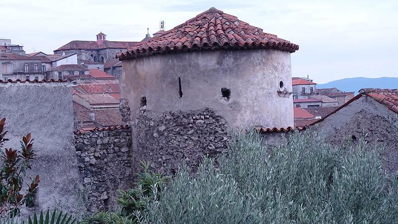 torre annessa a casa marsicovetre