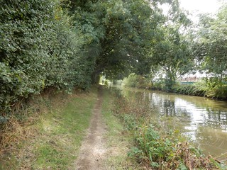Along the Canal Banbury to King Sutton (Canal Route)