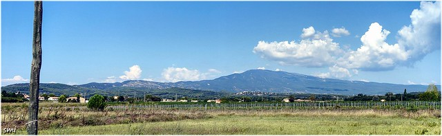 Another pano of the ventoux