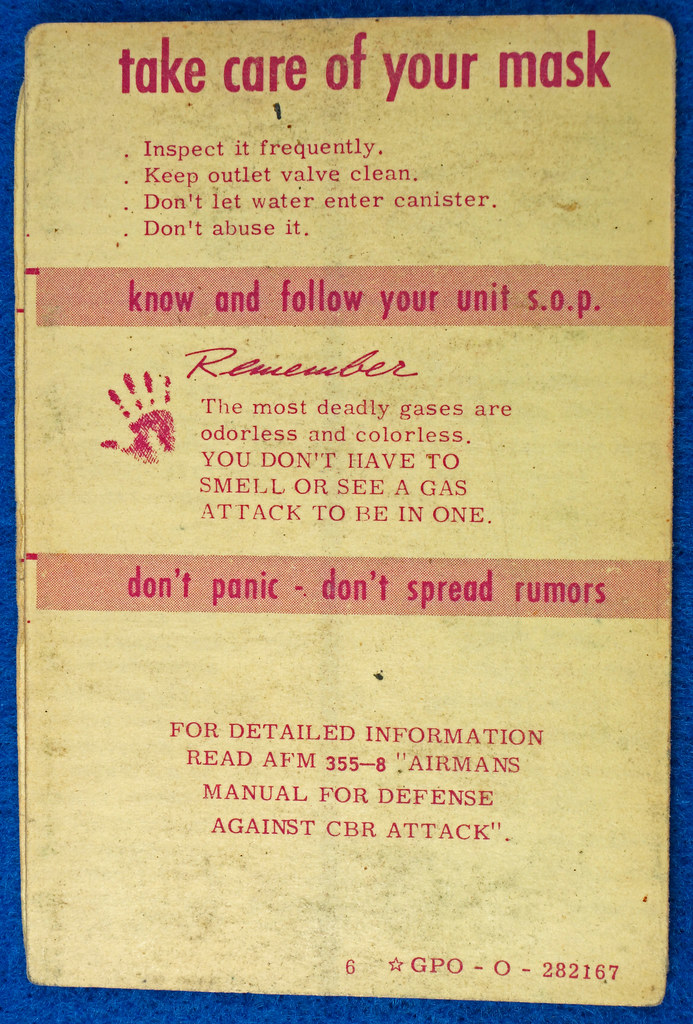 RD24430 1953 Cold War How to Save Your Life in case of Atomic, Biological Attack Pamplet DSC06897