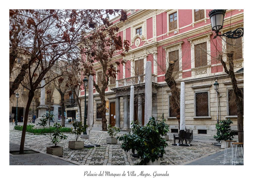 Palacio del Marques de Villa Alegre  Granada | En la plaza d