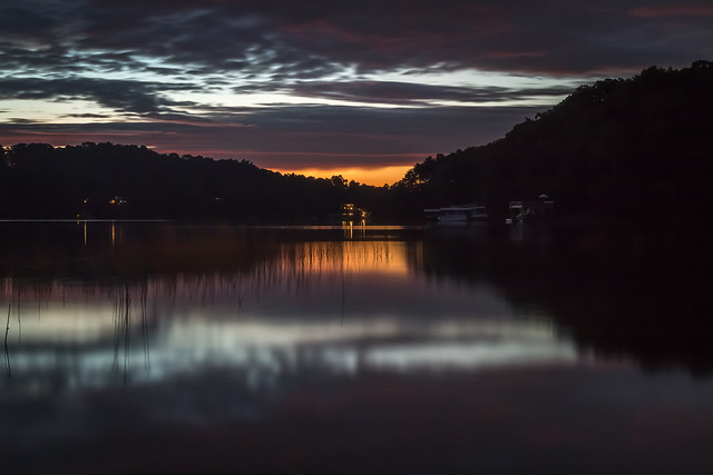 6:35 AM - First Light @ Lake Lanier (0647-2)