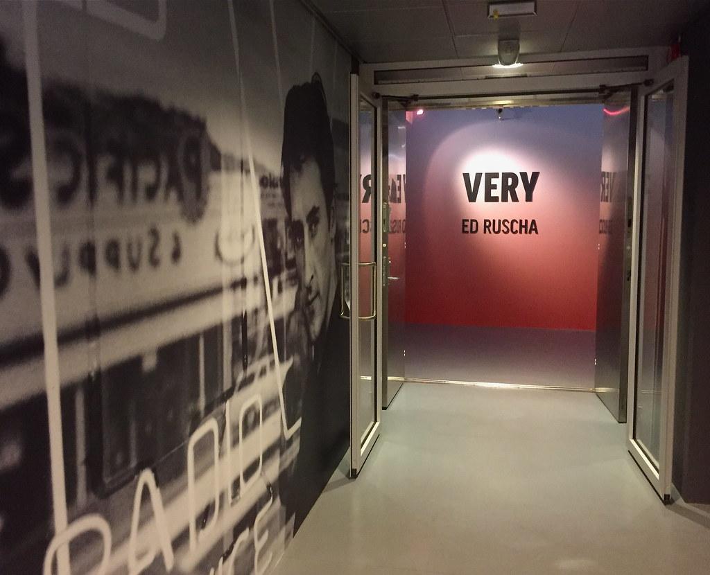 Ed Ruscha 'Very' (Bergen 2018)